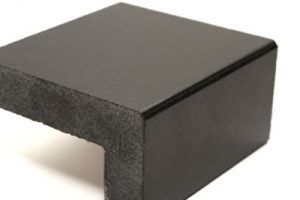 mitred-stone-edge